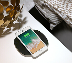 iphone wireless charging pad. wirelessly charge your mobile devices iphone wireless charging pad