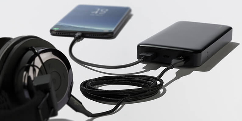 power bank Charge multiple devices at one time