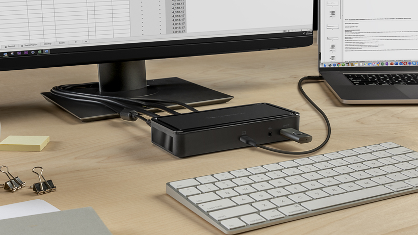 Belkin Thunderbolt 3 Dock Plus connecting a laptop, monitor, thumbdrive and power supply