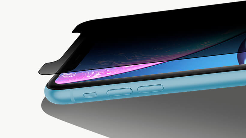 Close-up of SCREENFORCE™ InvisiGlass™ and iPhone XR