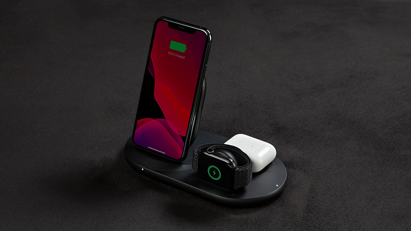 Multiple Apple Devices on the BOOST↑CHARGE 3-in-1 Wireless Charger